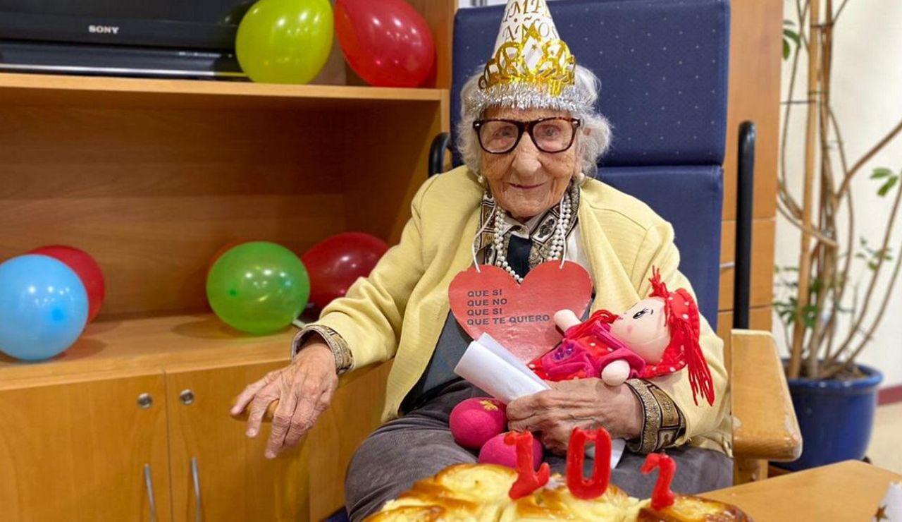 Pura, la coruñesa que cumple 107 años