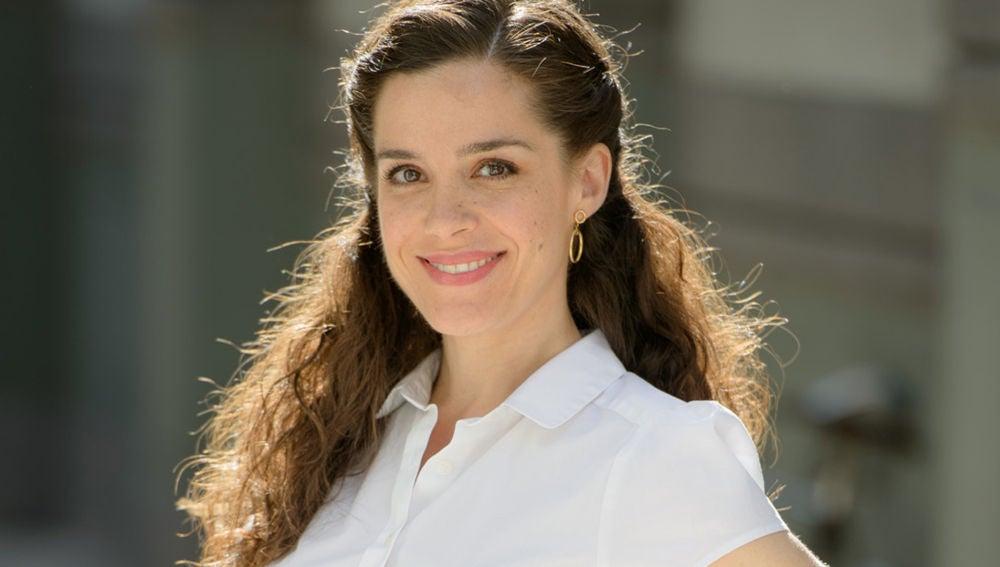 Nuria Gago, Clara en 'Amar es para siempre'