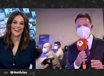 Matías Prats bromea con Mónica Carrilo tras su paso por 'Mask Singer'