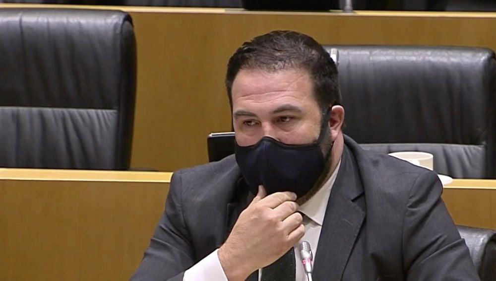 """Un diputado de EH Bildu se dirige a Antonio Salvá, padre de un guardia civil asesinato por ETA: """"Condené ese terrible asesinato y lo sigo sosteniendo"""""""