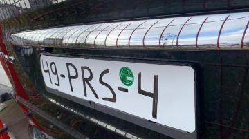 La Policía Local de Lugo intercepta un vehículo con la matrícula pintada con rotulador