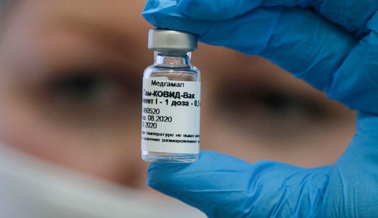 Rusia anuncia que su vacuna tiene una eficacia del 95 y que costara menos de 20 dolares