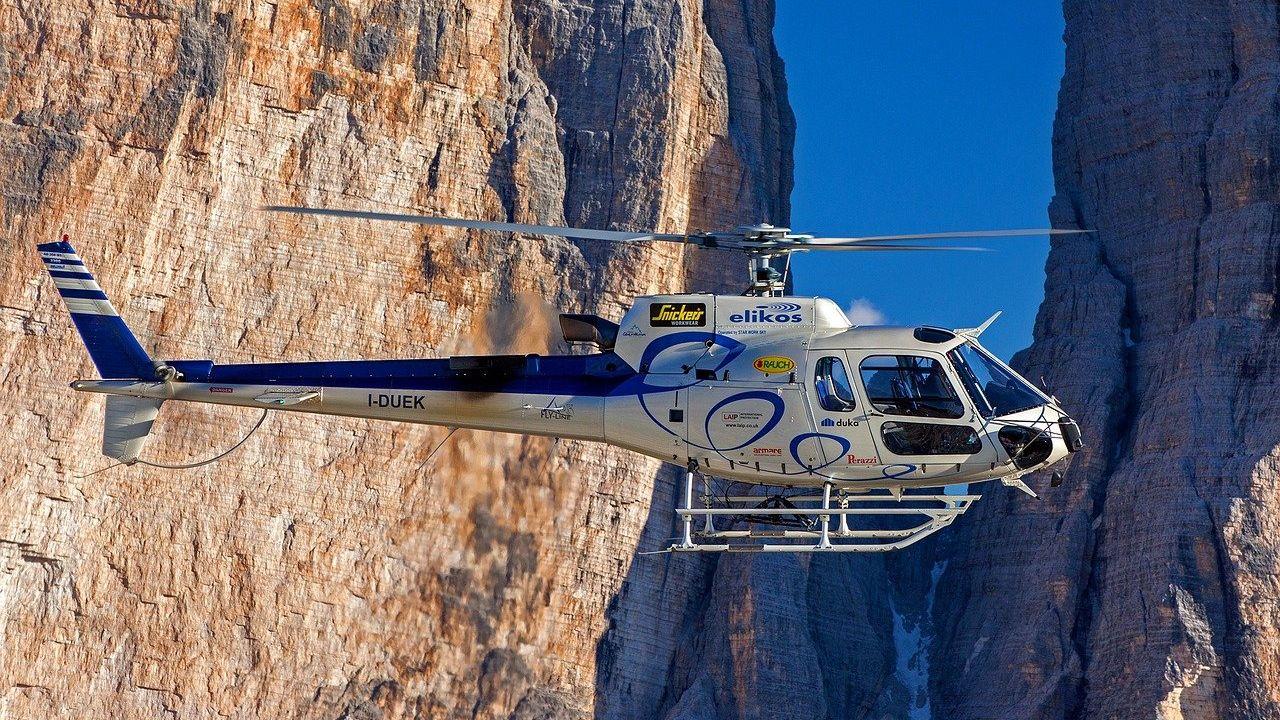 Un helicóptero encuentra este extraño monolito en un desierto de Utah y  nadie sabe que es
