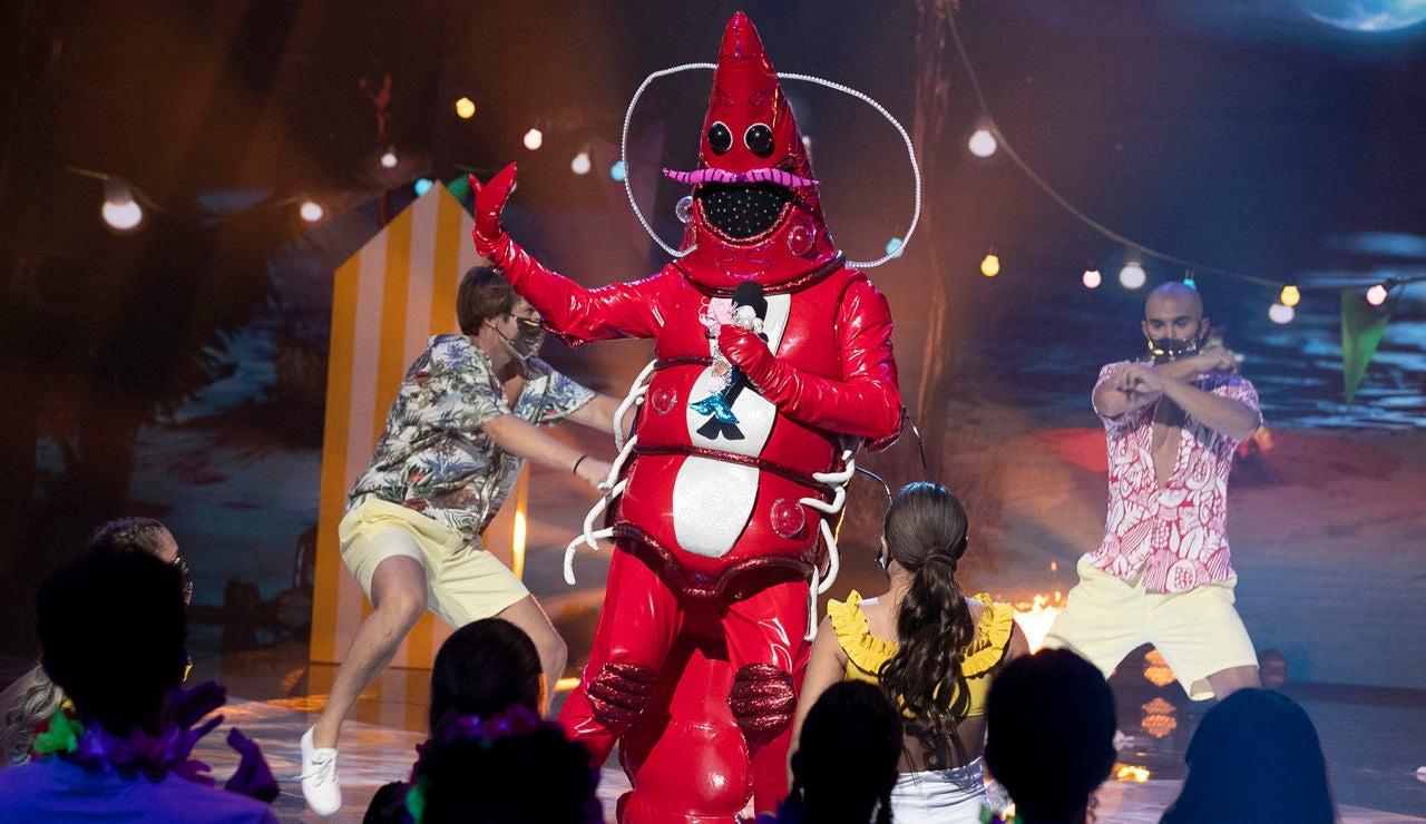 La Gamba levanta el ánimo en 'Mask Singer' con 'Vente Pa' Cá' de Ricky Martin