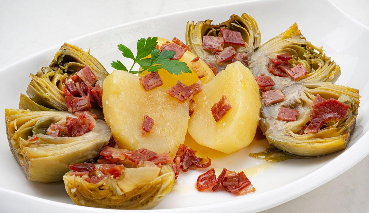 Receta de alcachofas con patatas y jamón, de Karlos Arguiñano