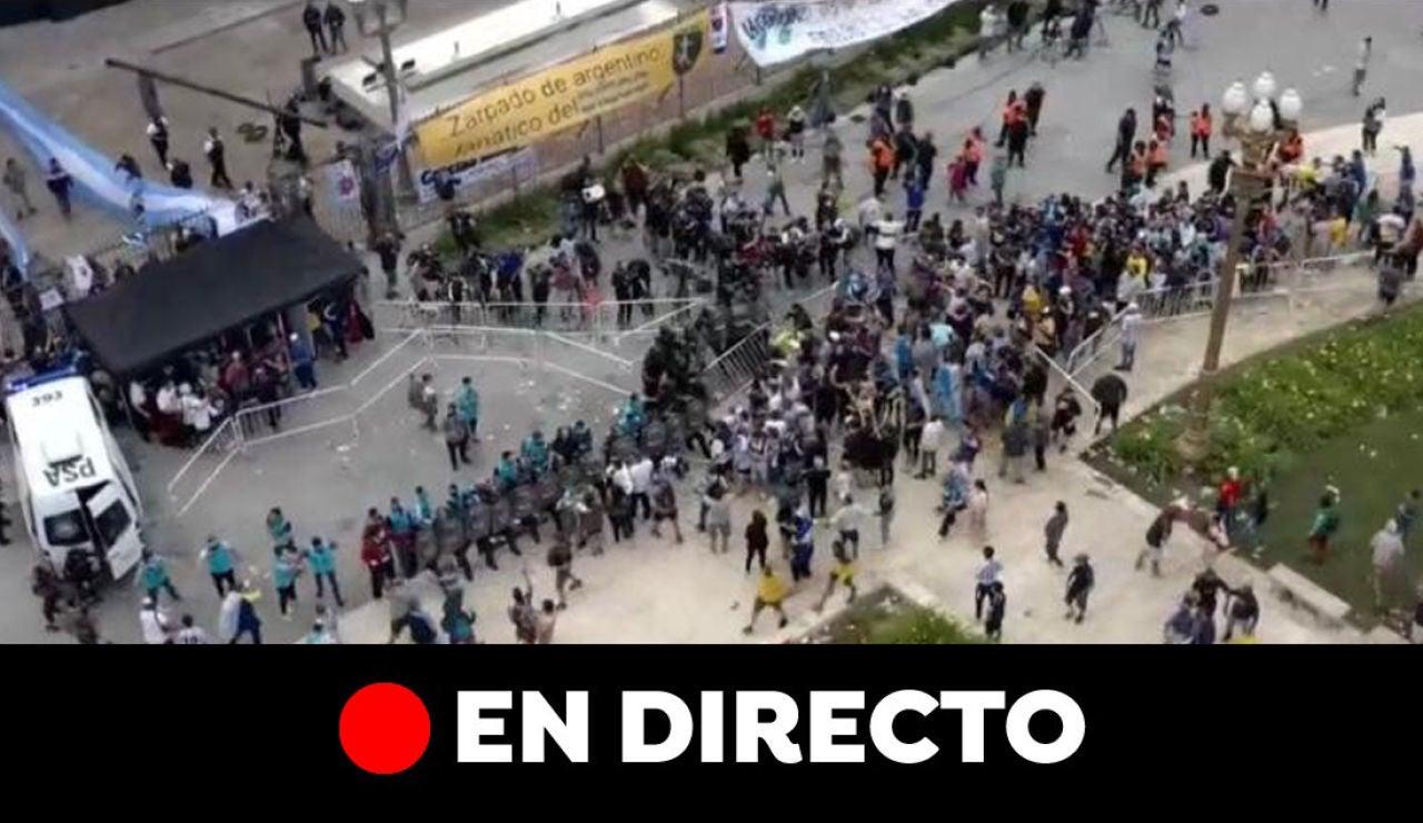 Incidentes en el velatorio a Maradona, en directo
