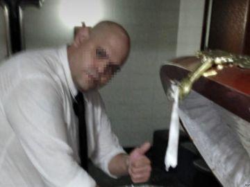 El trabajador de la funeraria denunciado por Matías Morla