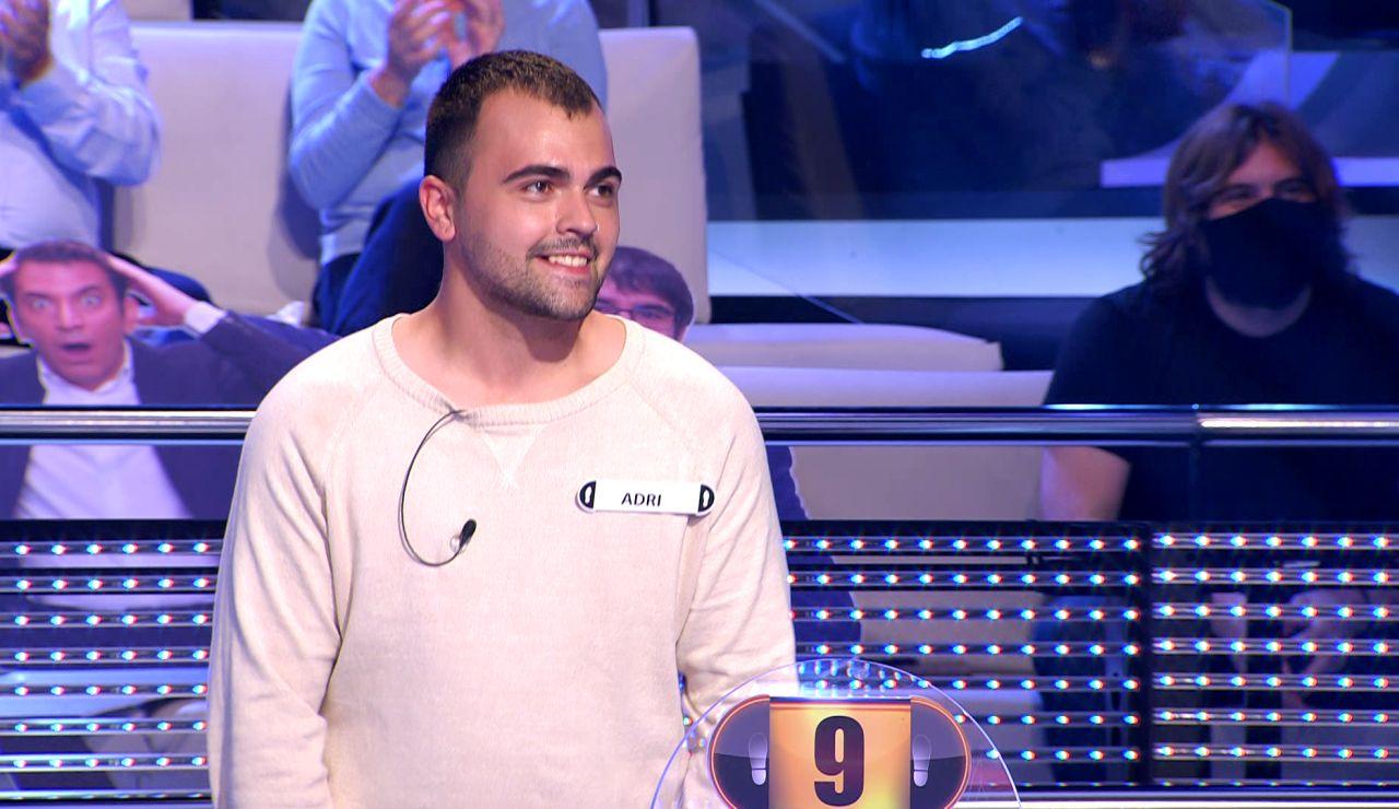 Jaque mate por un doloroso fallo: Arturo Valls hasta le canta la respuesta al concursante