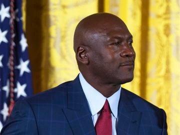Michael Jordan dona 2 millones de dólares de 'The Last Dance' a los bancos de alimentos