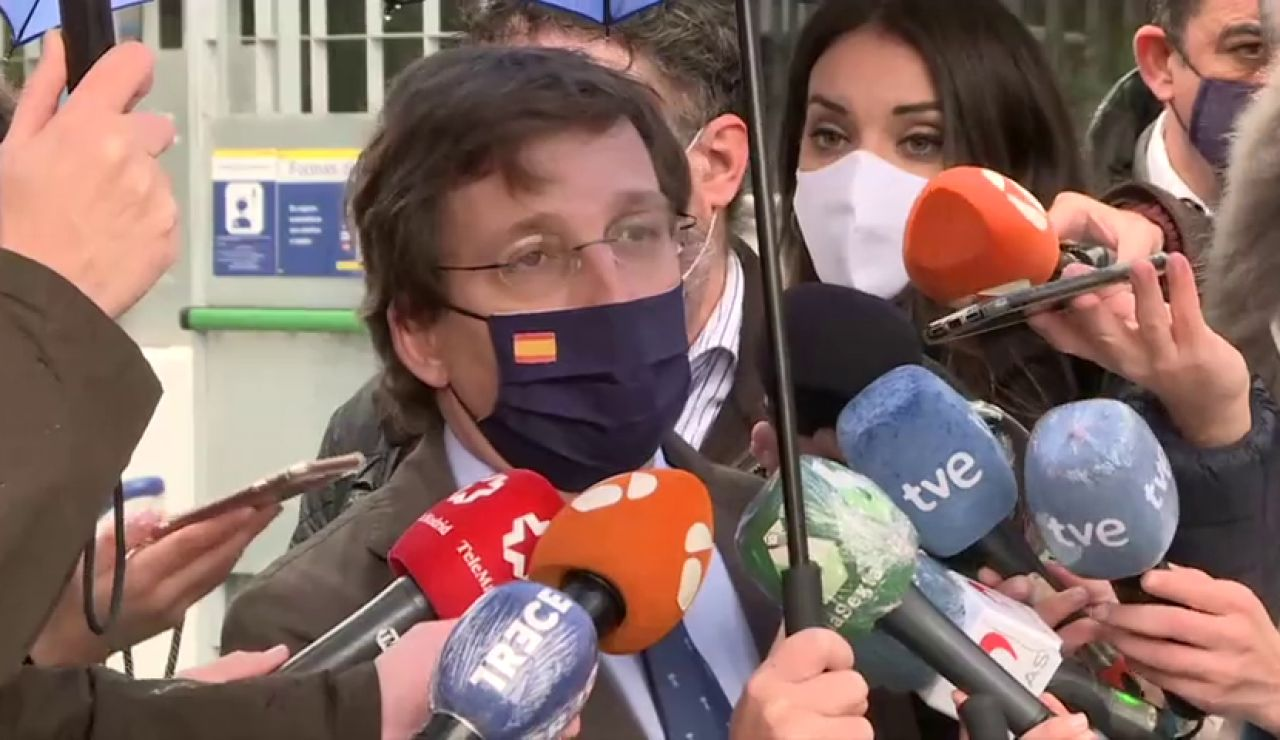"""El alcalde de Madrid, Martínez-Almeida, se suma a la visita de Pedro Sánchez a La Paz por """"cortesía"""" aunque no fue invitado"""