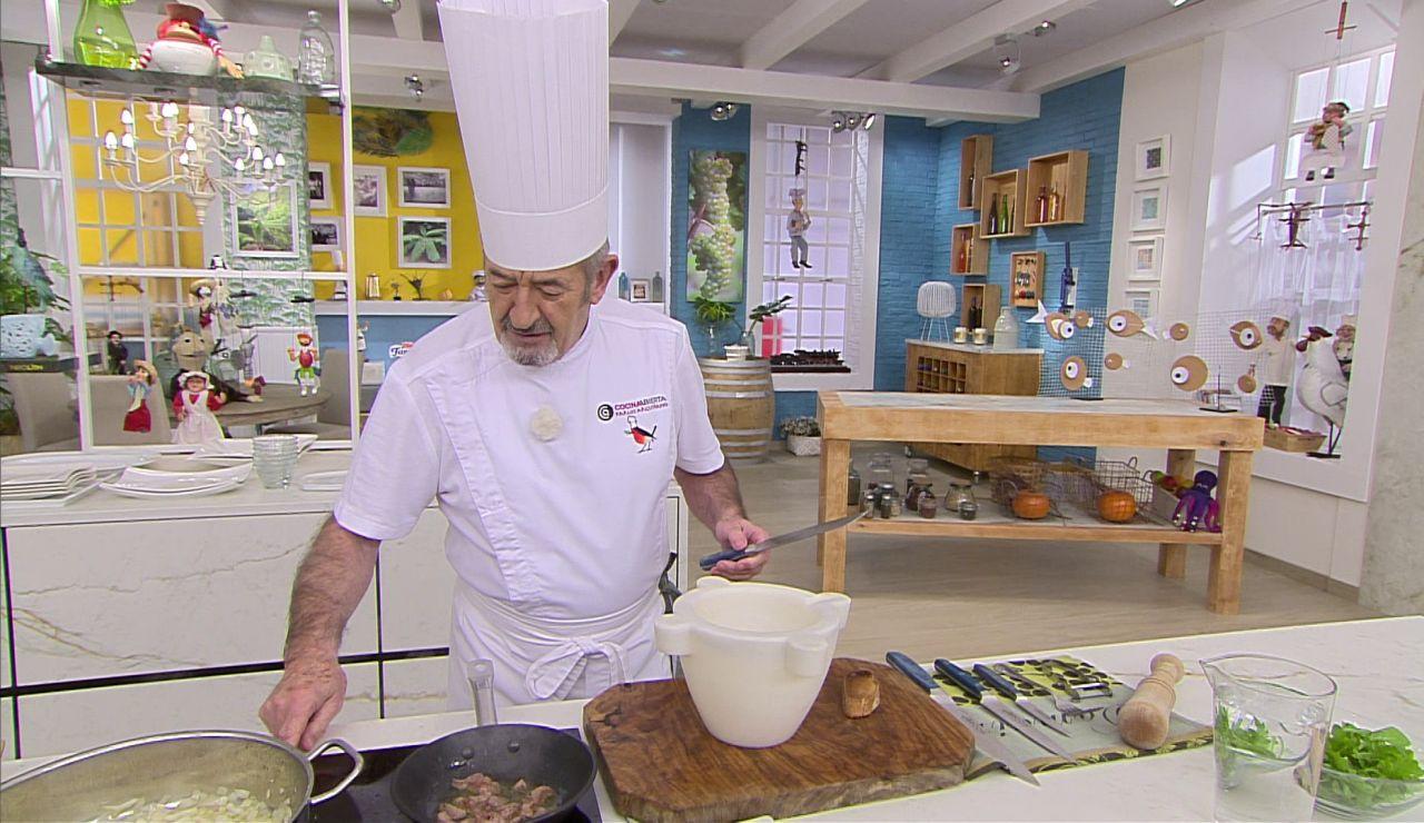 El truco de Karlos Arguiñano para que la salsa tenga un carácter especial
