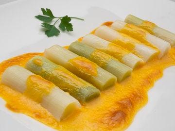 Receta de puerros gratinados con salsa holandesa