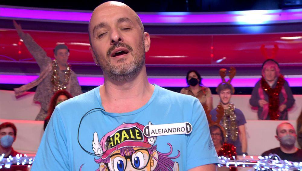 Alejandro sorprende con su pasado musical en 'Lluvia de estrellas': ¡imitando a Enrique Bunbury!