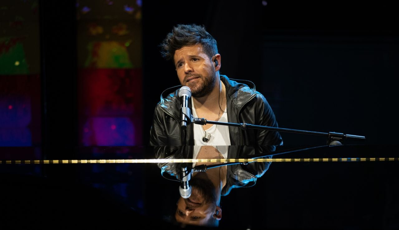 Pablo López canta en directo su nuevo single 'La niña de la linterna' en 'El Hormiguero 3.0'