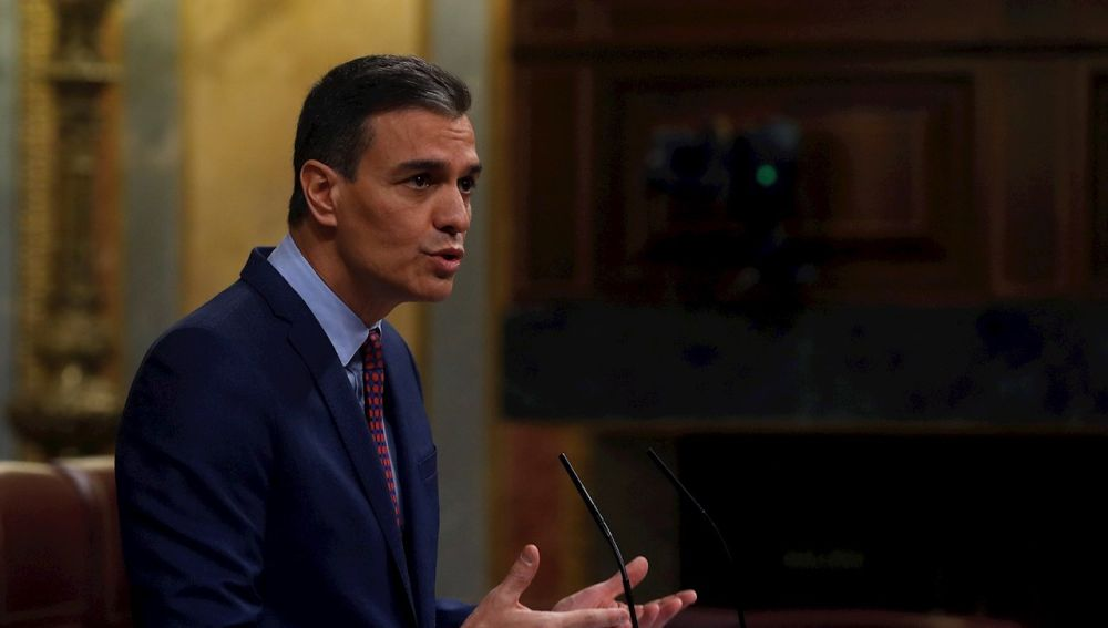 El presidente del Gobierno, Pedro Sánchez, al inicio de su comparecencia este miércoles en el Congreso