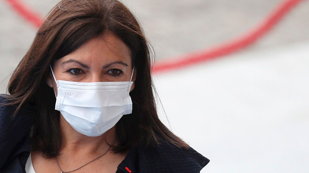 París propone confinar la ciudad durante 3 semanas para reducir los contagios de coronavirus