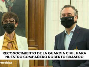 Roberto Brasero recibe la Orden del Mérito Civil