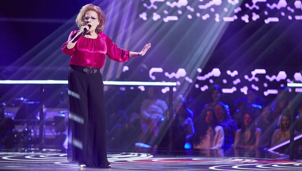 Elia Galán canta 'Esperaré' en la Semifinal de 'La Voz Senior'
