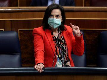 La ministra de Defensa, Margarita Robles, durante el pleno del Congreso en el que el presidente del Gobierno, Pedro Sánchez comparece a petición propia.