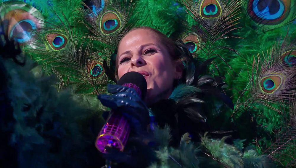 Pastora Soler emociona en 'Mask Singer' con 'I will always love you' después de ser desenmascarada