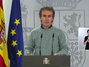 """Fernando Simón avisa de que  """"va a haber una tendencia ascendente hasta mediados o incluso finales de enero"""""""