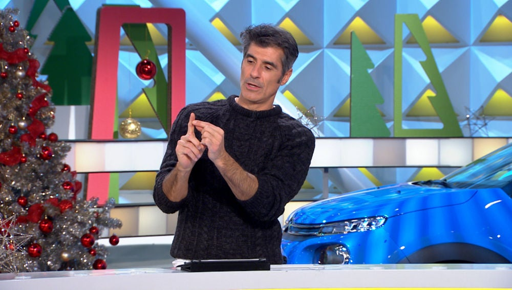 Jorge Fernández explica una curiosa forma de abrir las nueces sin necesidad de abridor