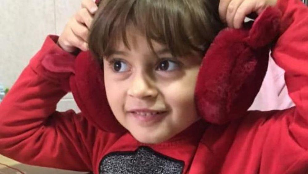 Buscan con urgencia donantes de médula para la pequeña Irene, una niña de 5 años gravemente enferma en Murcia