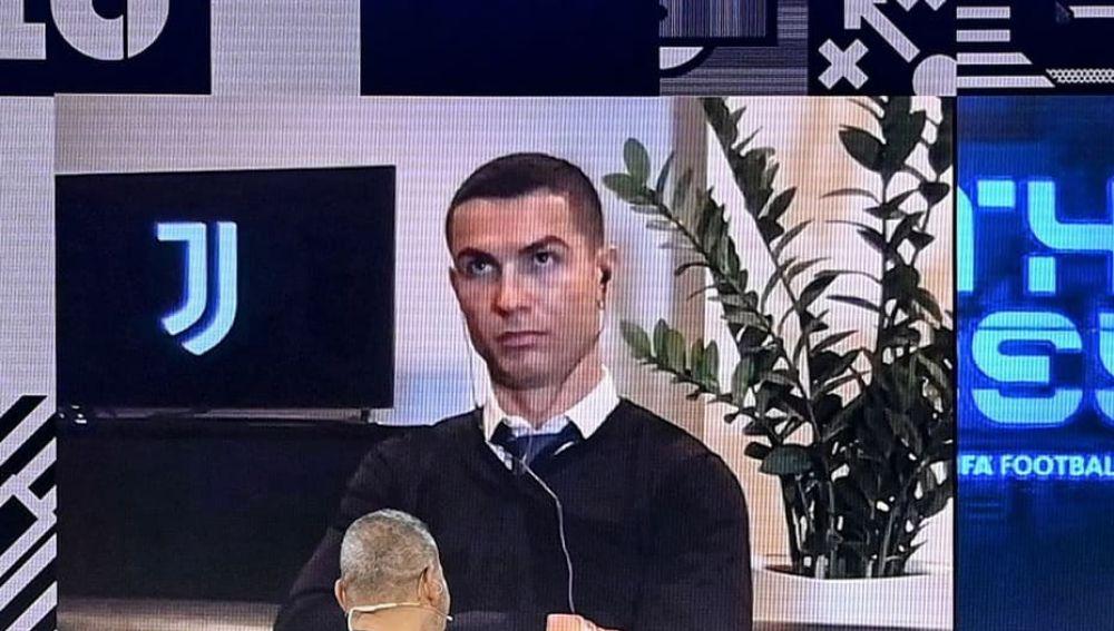 Los memes se ceban con Cristiano Ronaldo por su reacción tras perder el premio The Best 2020