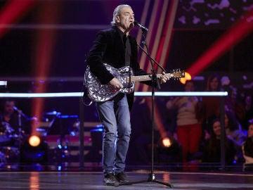 Carlos Yébenes canta 'Call me the breeze' en la Semifinal de 'La Voz Senior'