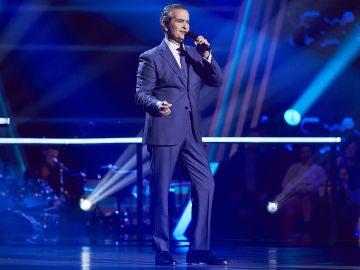 Stefano Palatchi canta 'L.O.V.E' en la Semifinal de 'La Voz Senior'