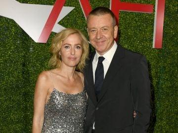 Gillian Anderson y Peter Morgan