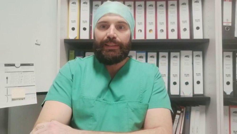 Enfermeros se van de España en busca de mejores condiciones laborales
