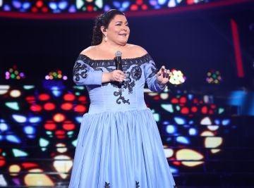 Falete enamora como Isabel Pantoja con el villancico 'Tú serás mi Navidad'