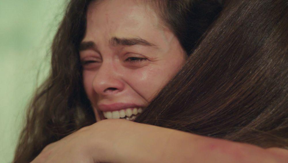 ¡Bahar sobrevivirá! Sirin regresa justo a tiempo para salvar su vida
