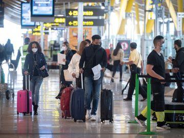 Navidad, nuevas medidas por coronavirus en España y confinamiento en Reino Unido: últimas noticias de la Covid-19 hoy