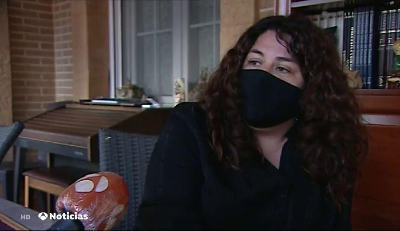 """El desgarrador relato de una madre tras perder a su hija de 12 años por coronavirus: """"Me cuesta creer que no está en el cole"""""""