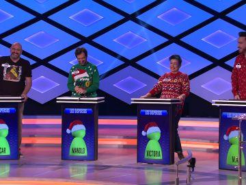 'Los dispersos' sacan su lado más navideño y presentan a su nueva mascota