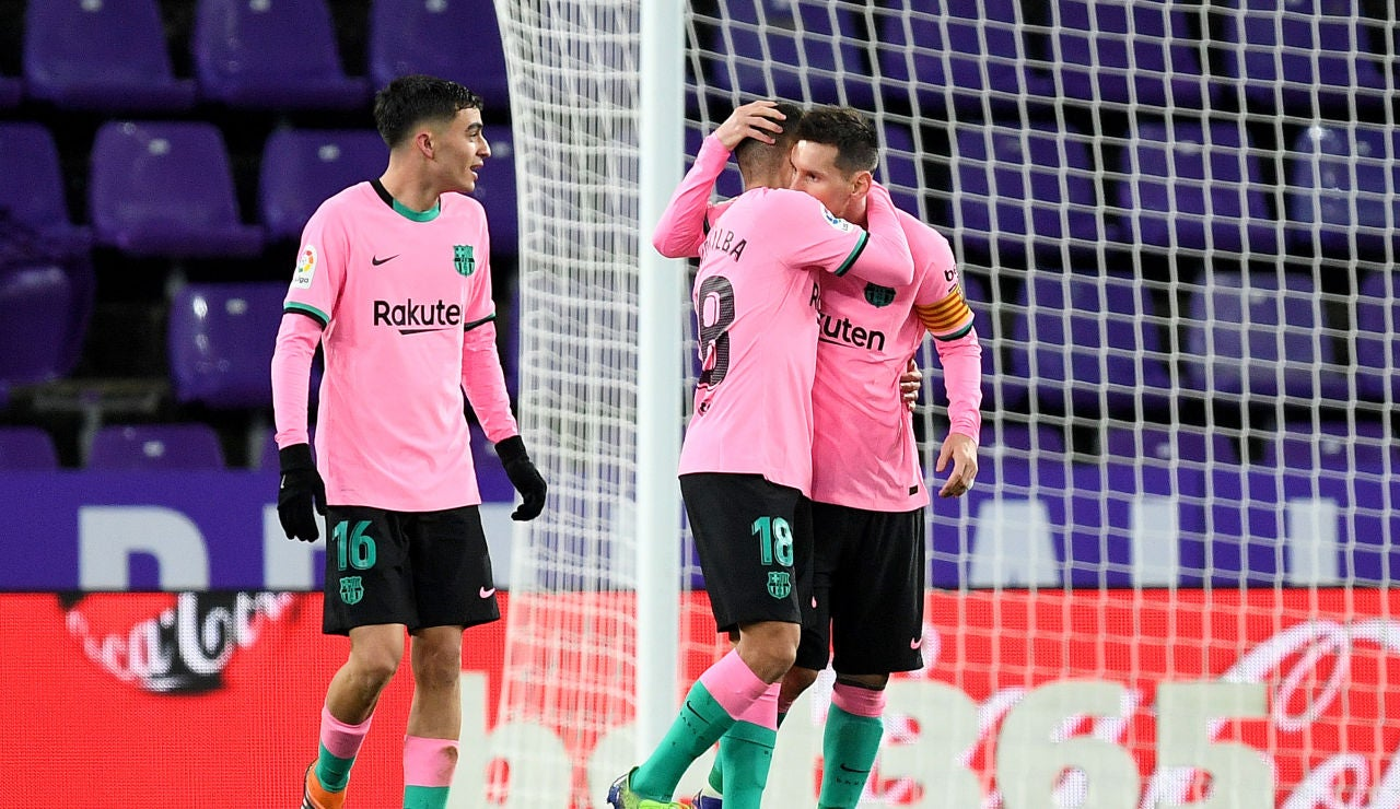 Messi celebra su gol con el Barcelona.