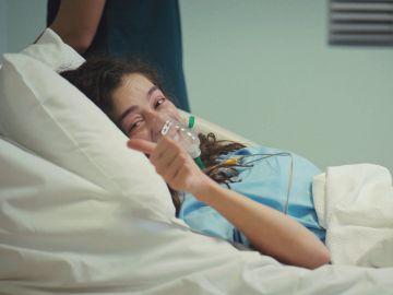 ¡Bahar, operada con éxito! La operación vuelve a sacar su mejor sonrisa… y la peor de Sirin