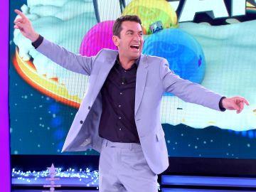 ¿Se pondrá de moda en las discotecas? El temazo con el que Arturo Valls pone a bailar a todos en '¡Ahora caigo!'