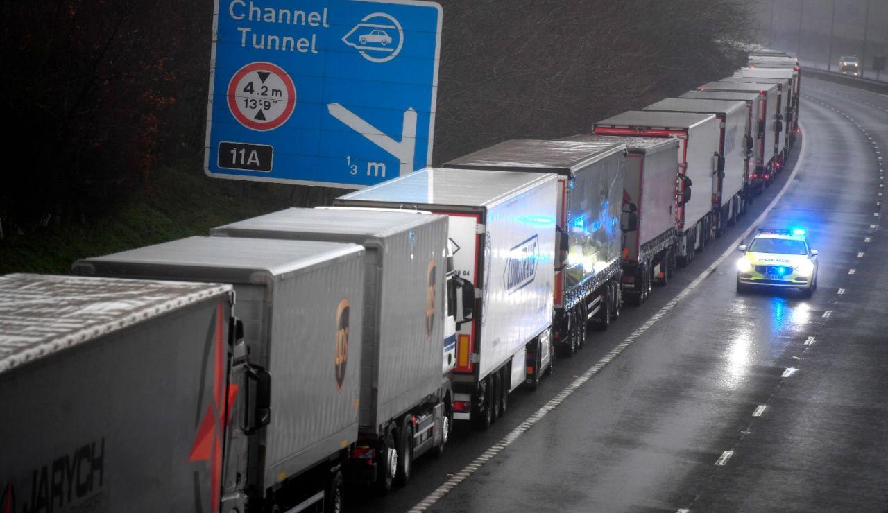 Camiones atrapados en Dover