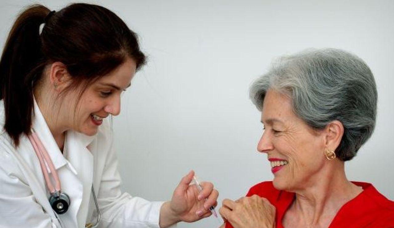 La vacunación arrancará en residencias este domingo