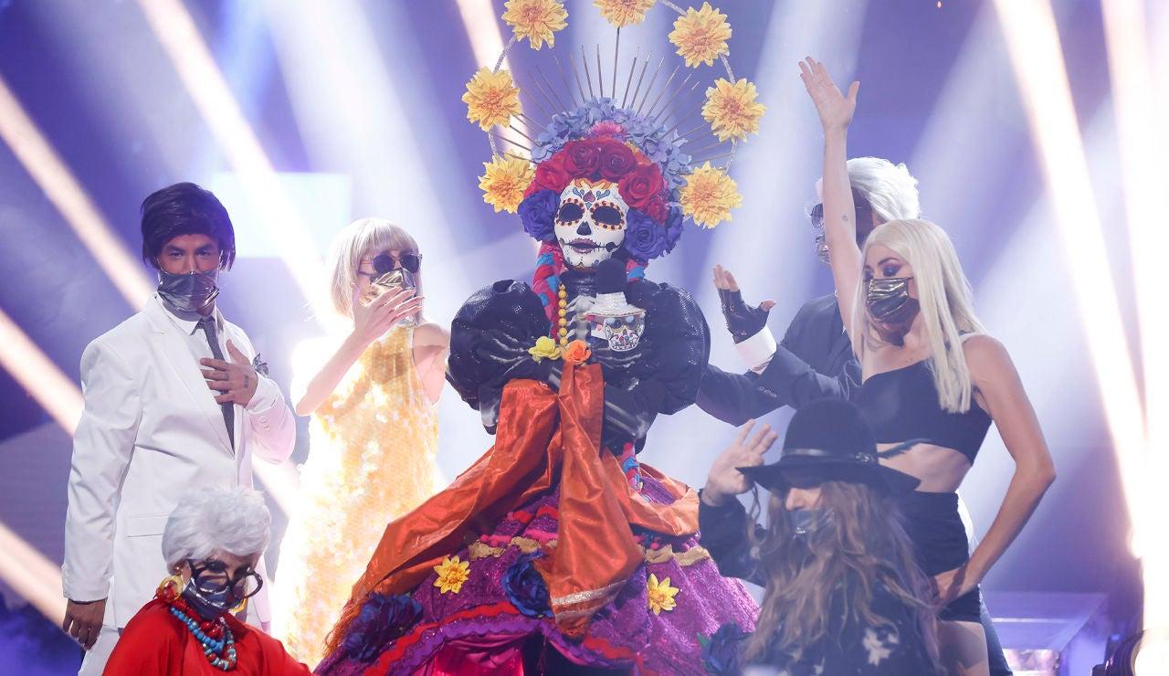 Catrina se desmelena con 'Todos me miran' de Gloria Trevi en la Gran Final de 'Mask Singer'