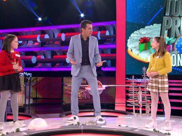 Arturo Valls se enfrenta al nuevo reto de Tik Tok: la coreografía con la canción 'Feliz Navidad'