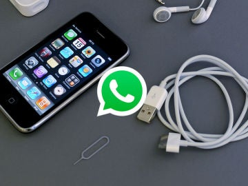 WhatsApp y un iPhone 3GS
