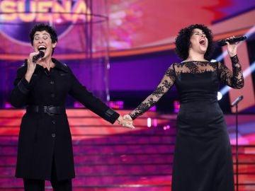 """Nina se rinde ante el talento de Cristina Ramos y juntan sus voces con Arnau Vilà al piano: """"Me he emocionado mucho"""""""