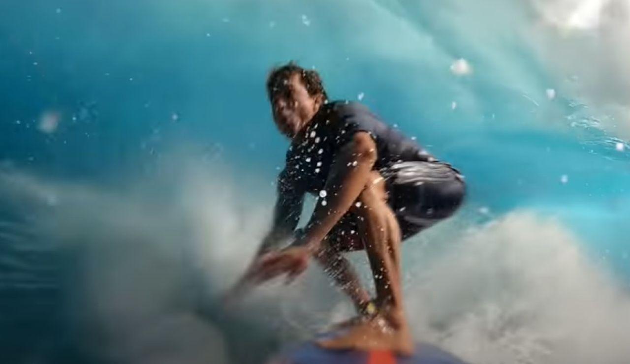 Kai Lenny surfeando en Jaws