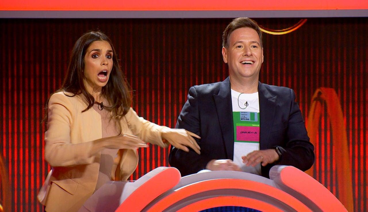 El divertido fallo de los famosos en 'El juego de los anillos' con una señal de tráfico: ¿Sabrías identificar el error?