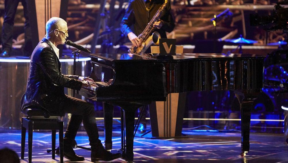 Mingo Fernández canta 'For once in my life' en la Gran Final de 'La Voz Senior'