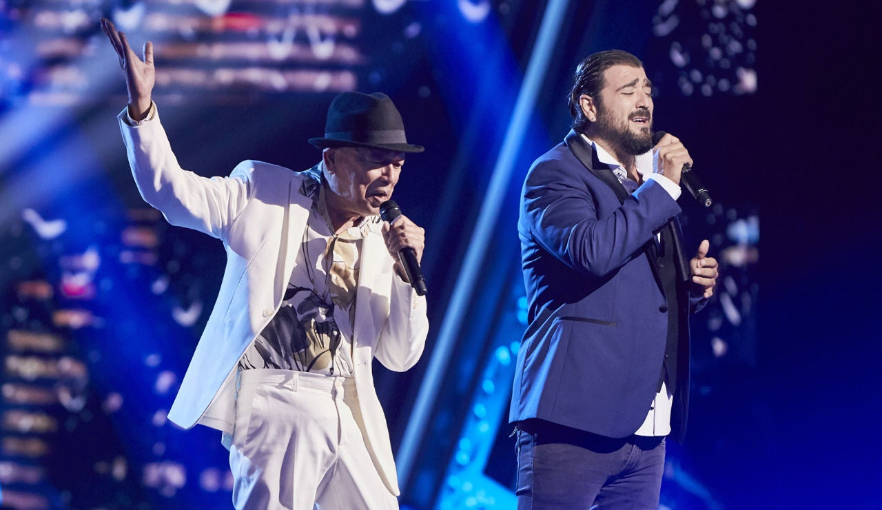 Antonio Orozco y Nico Fioole cantan 'Yesterday I heard the rain' en la Gran Final de 'La Voz Senior'